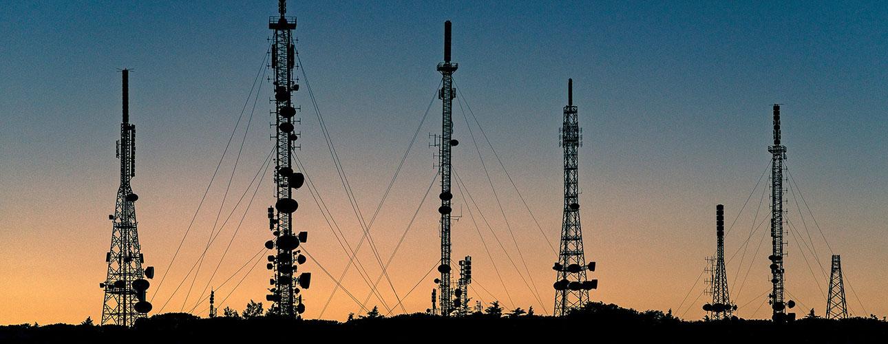 ακτινοβολίες από πάρκα κεραιών κινητής τηλεφωνίας